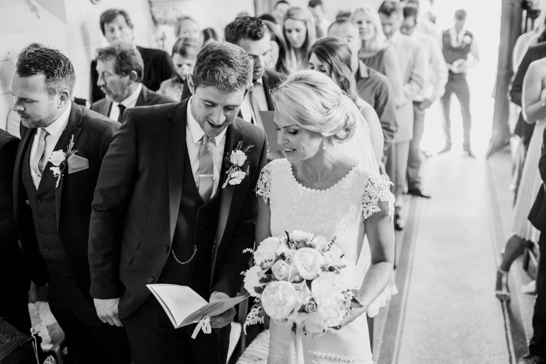 wedding ceremony in the chapel of Chateau de Lacoste wedding venue