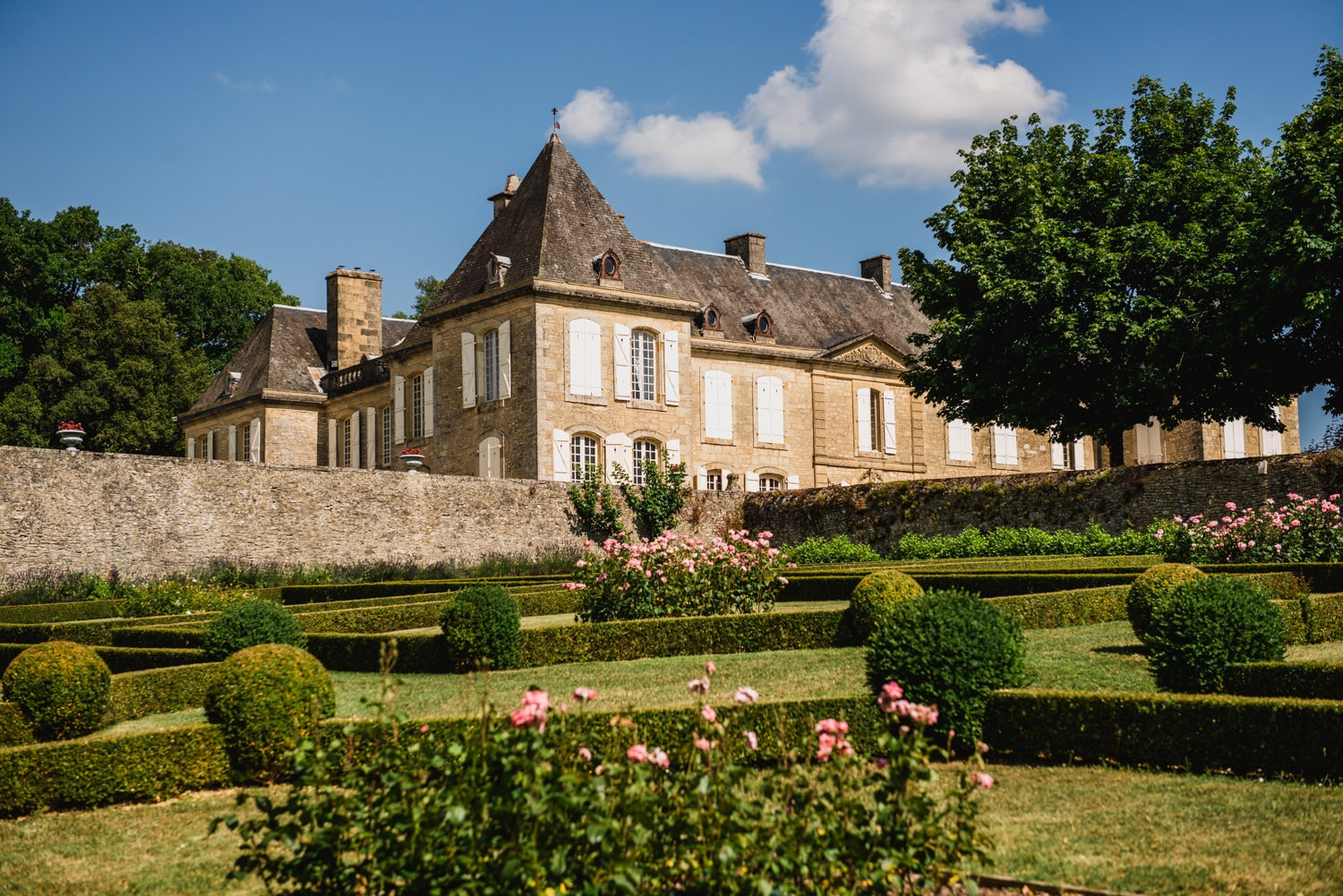 Chateau de Lacoste wedding venue