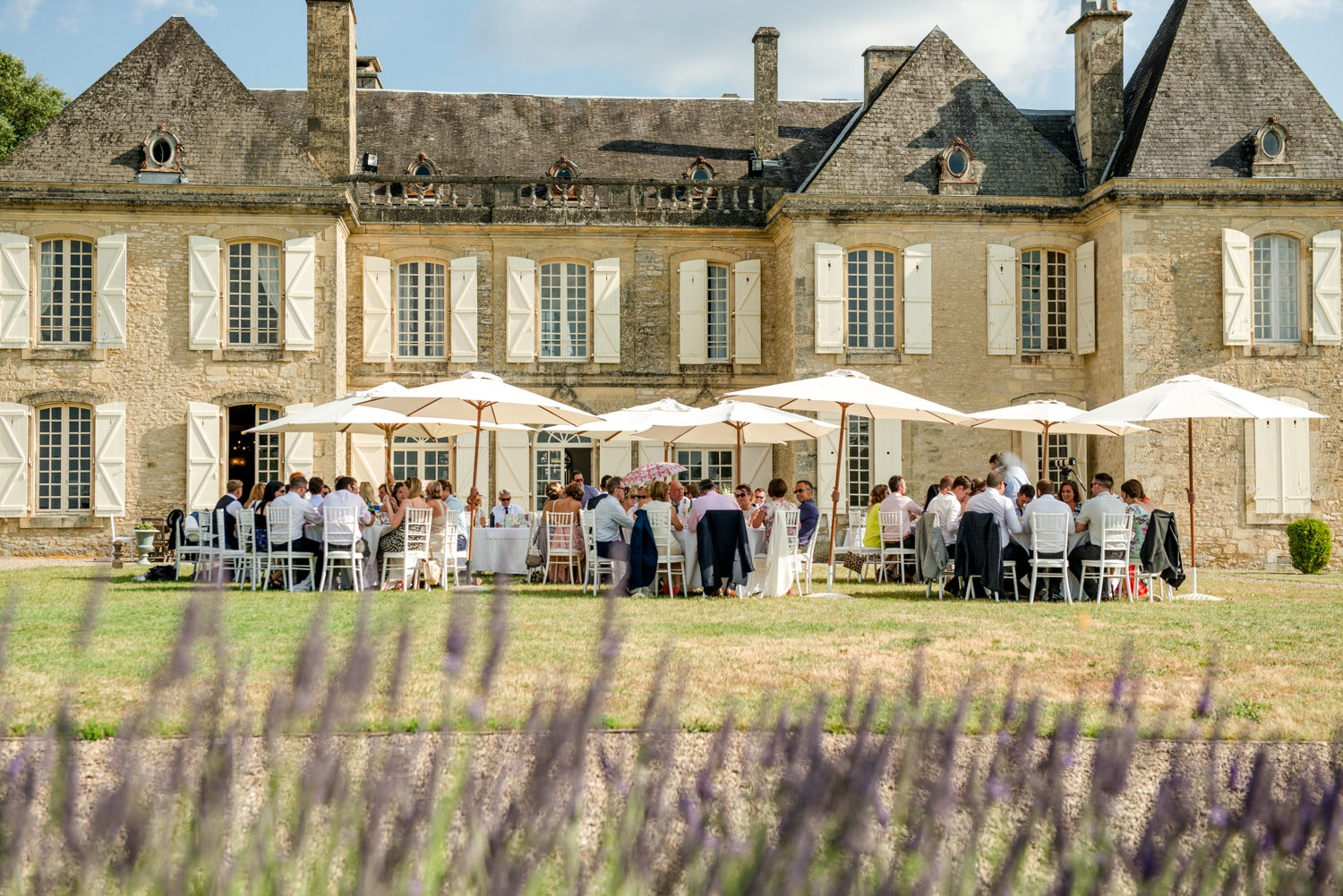 wedding breakfast at Chateau de Lacoste wedding venue