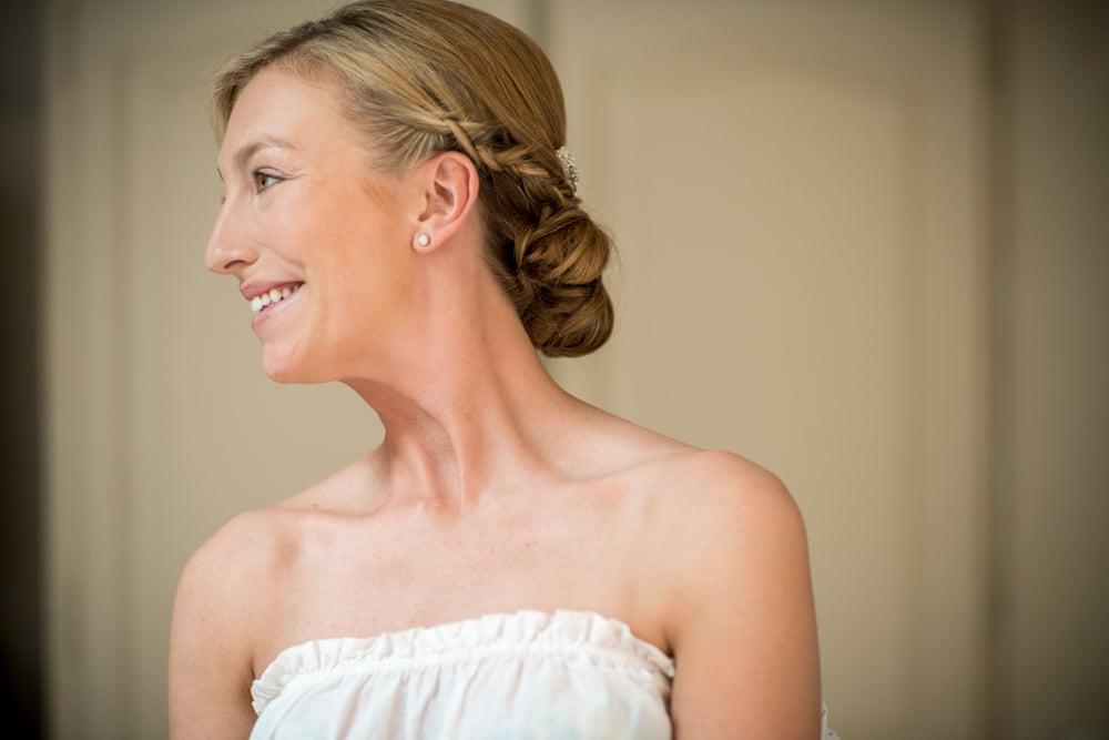 bride at Le Mas de La Rose wedding