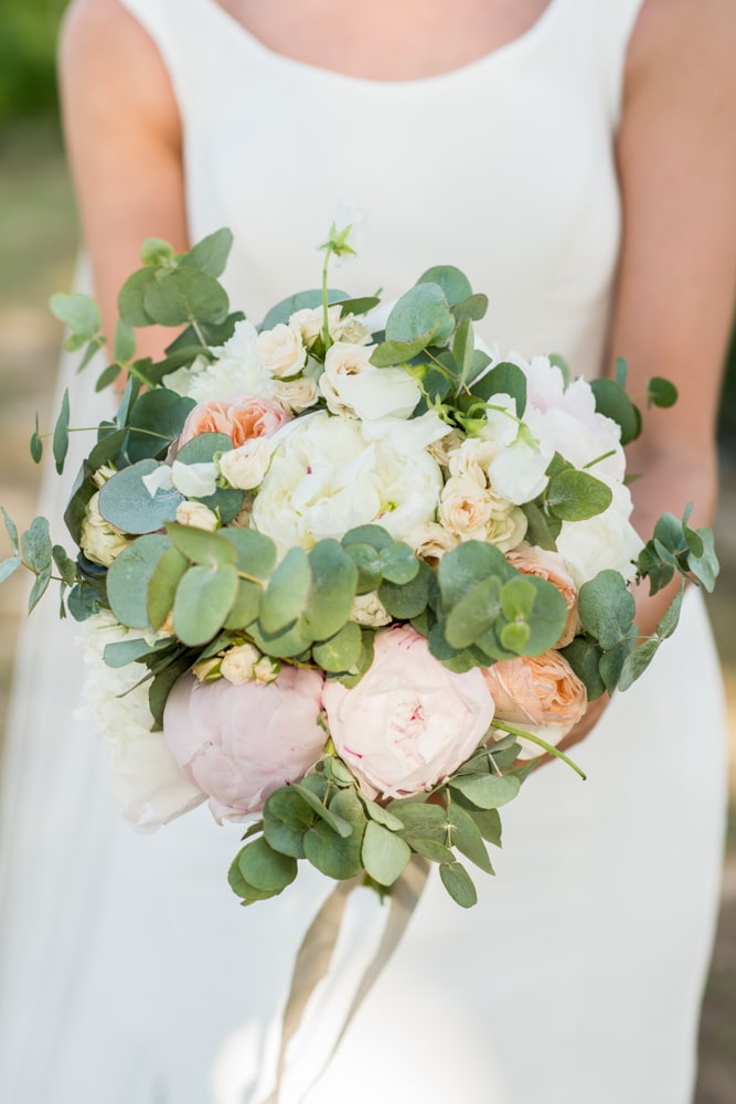 wedding bouquet with pale pinks