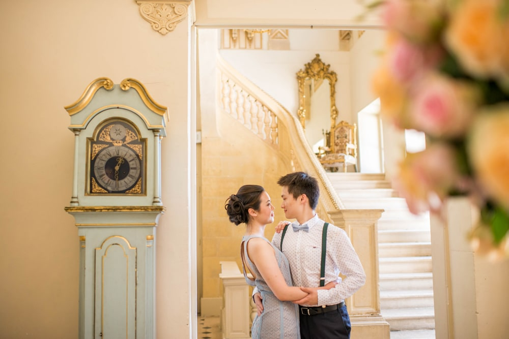 portrait of bride and groom at chateau de Laurantie