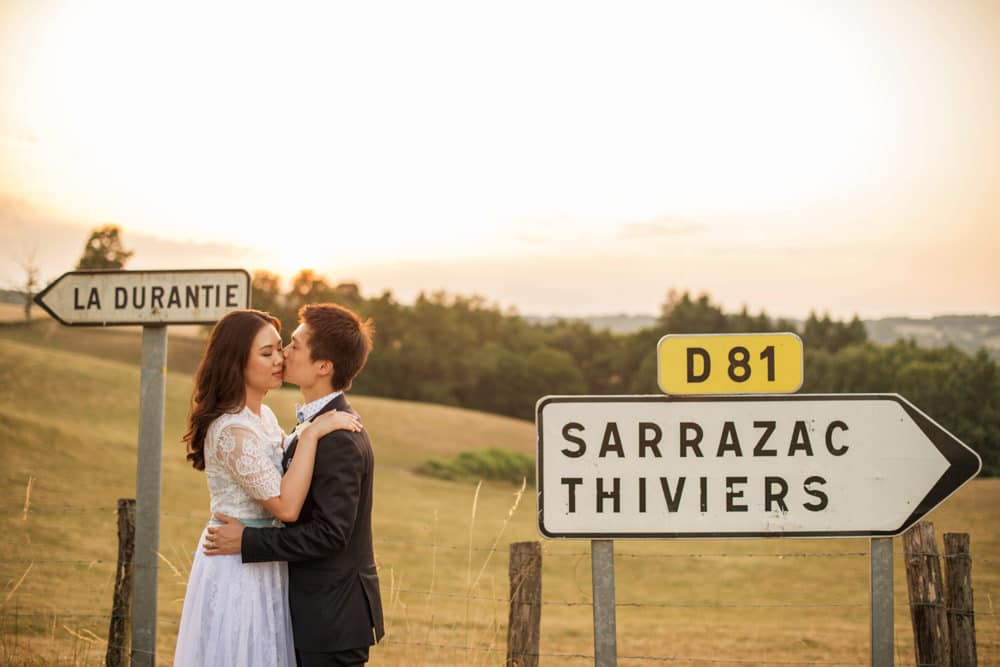 Golden hour portraits at Chateau La Durantie