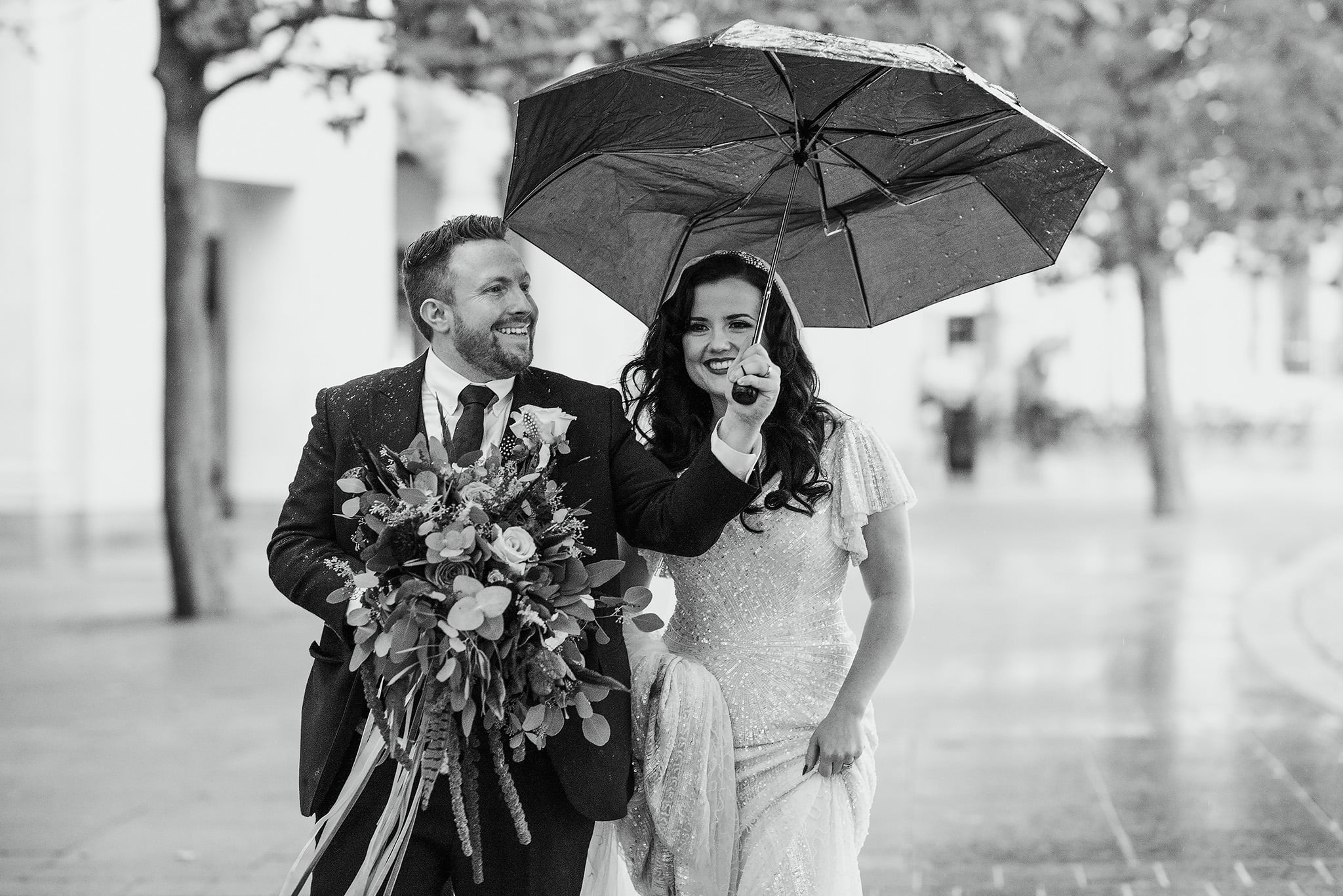 London wedding portraits in the rain