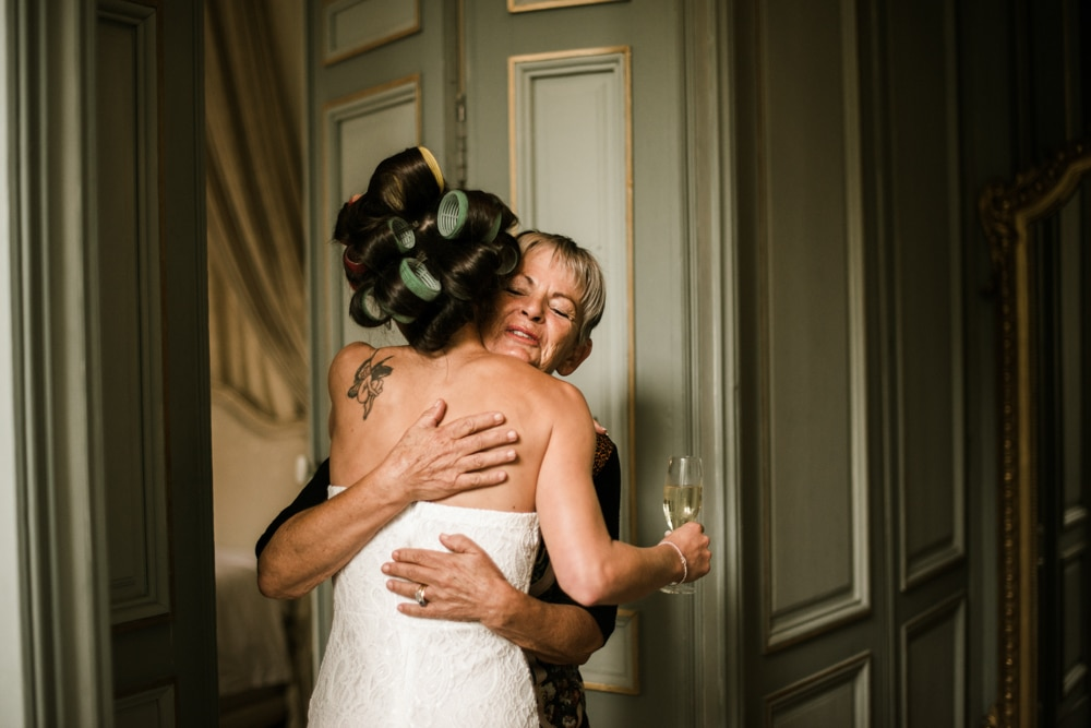 wedding preparation moment, hugging