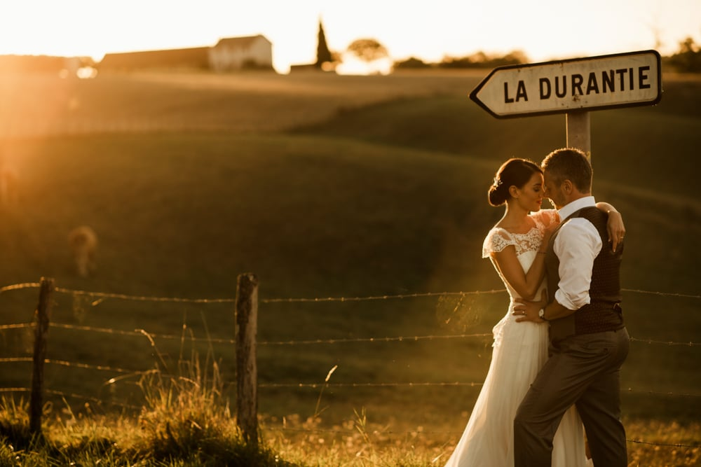 Chateau La Durantie bride and groom during golden hour