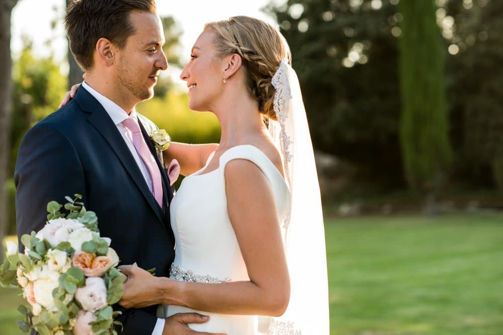 golden hour portraits at Le Mas de La Rose wedding venue