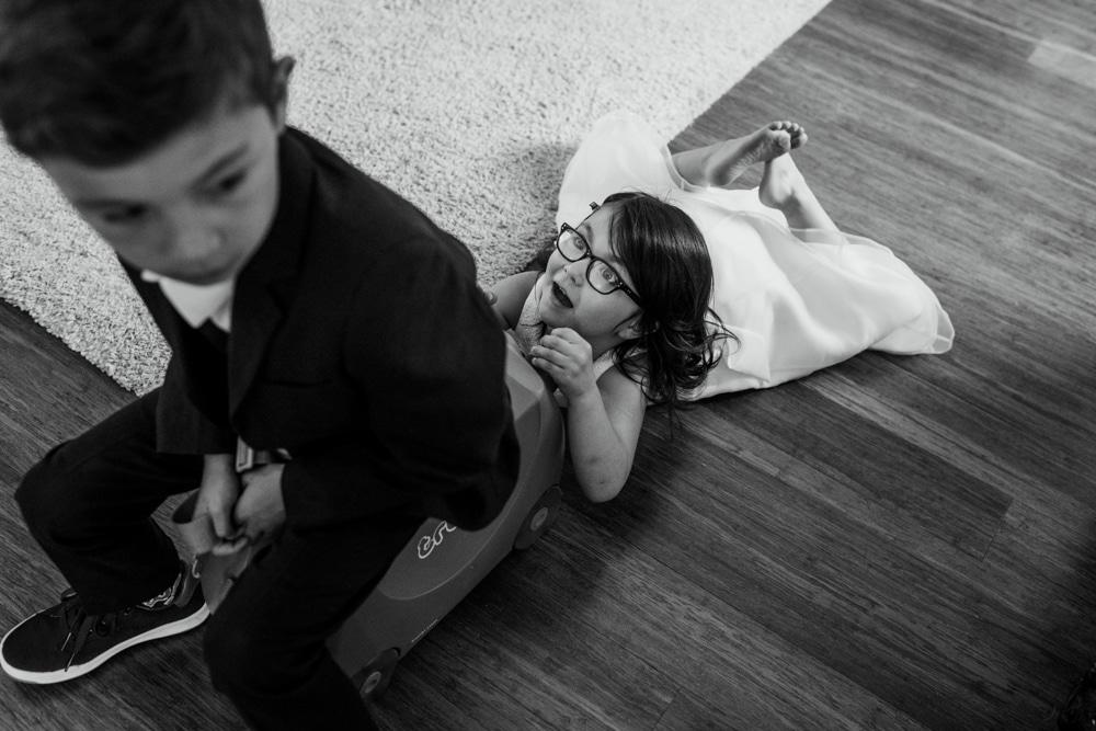 kids playing in bridal suite at Botleys Mansion