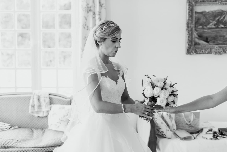 nervous bride at Chateau de Lacoste France