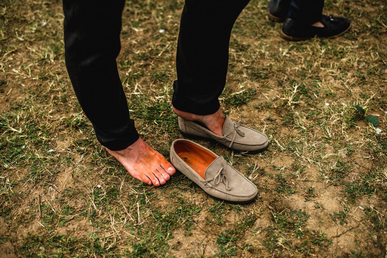 shoes turning feet orange