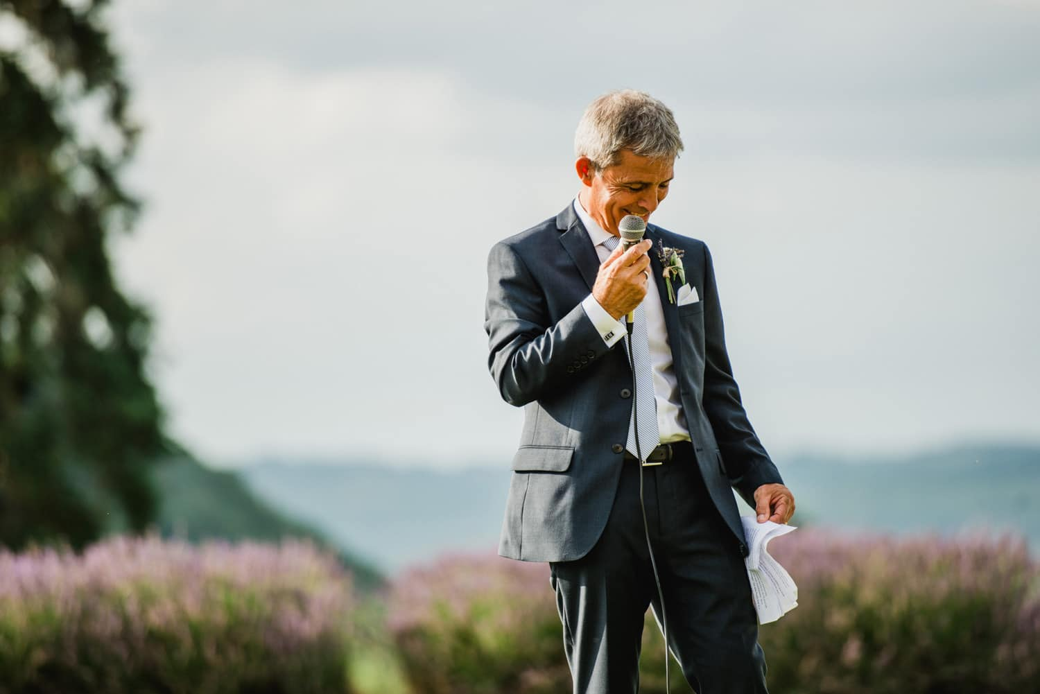father of the bride speech on lawn of Chateau de Lacoste France