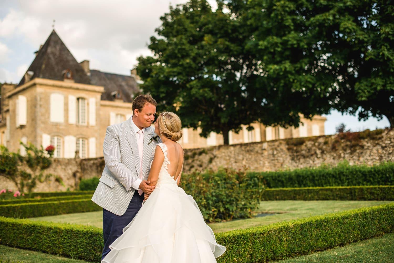 wedding portraits at Chateau de Lacoste