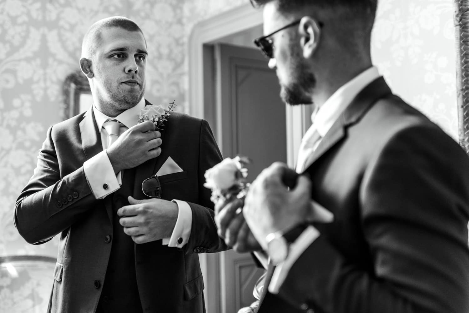 groom preparations at chateau la Durantie