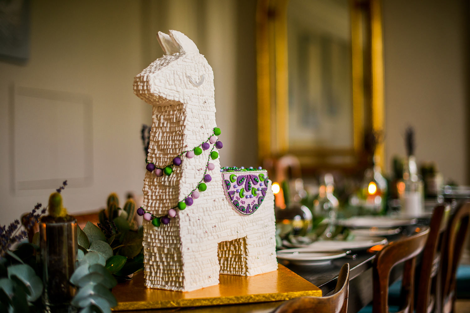 Gingerbread Lama wedding cake