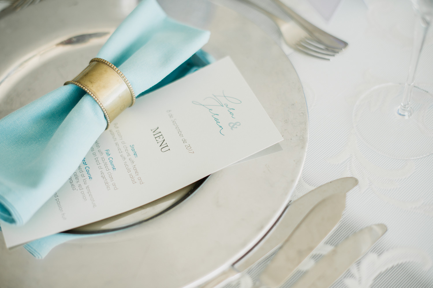blue themed wedding table decorations