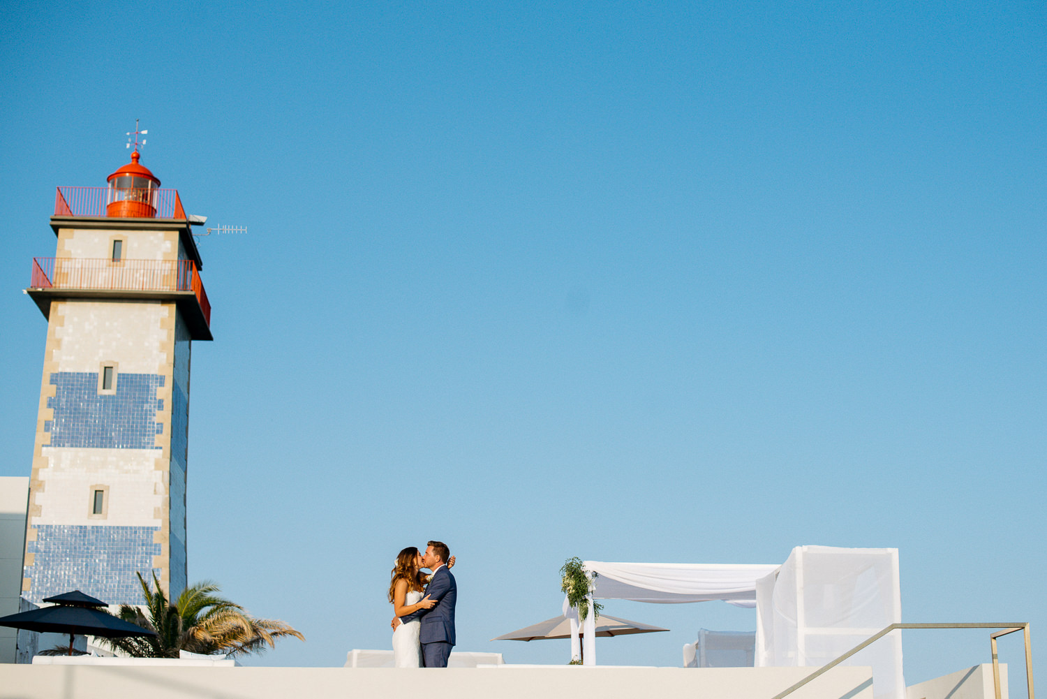 wedding portraits with lighthouse