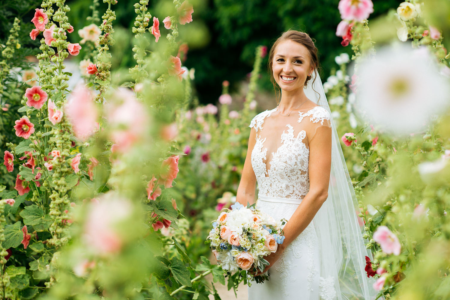 bridal portrait Loseley Park Guildford