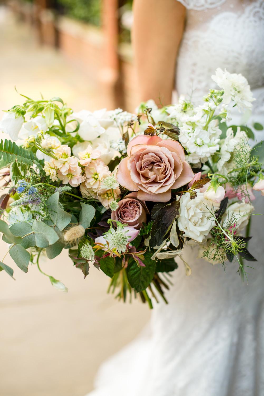 Wedding portraits Chelsea, bridal bouquet