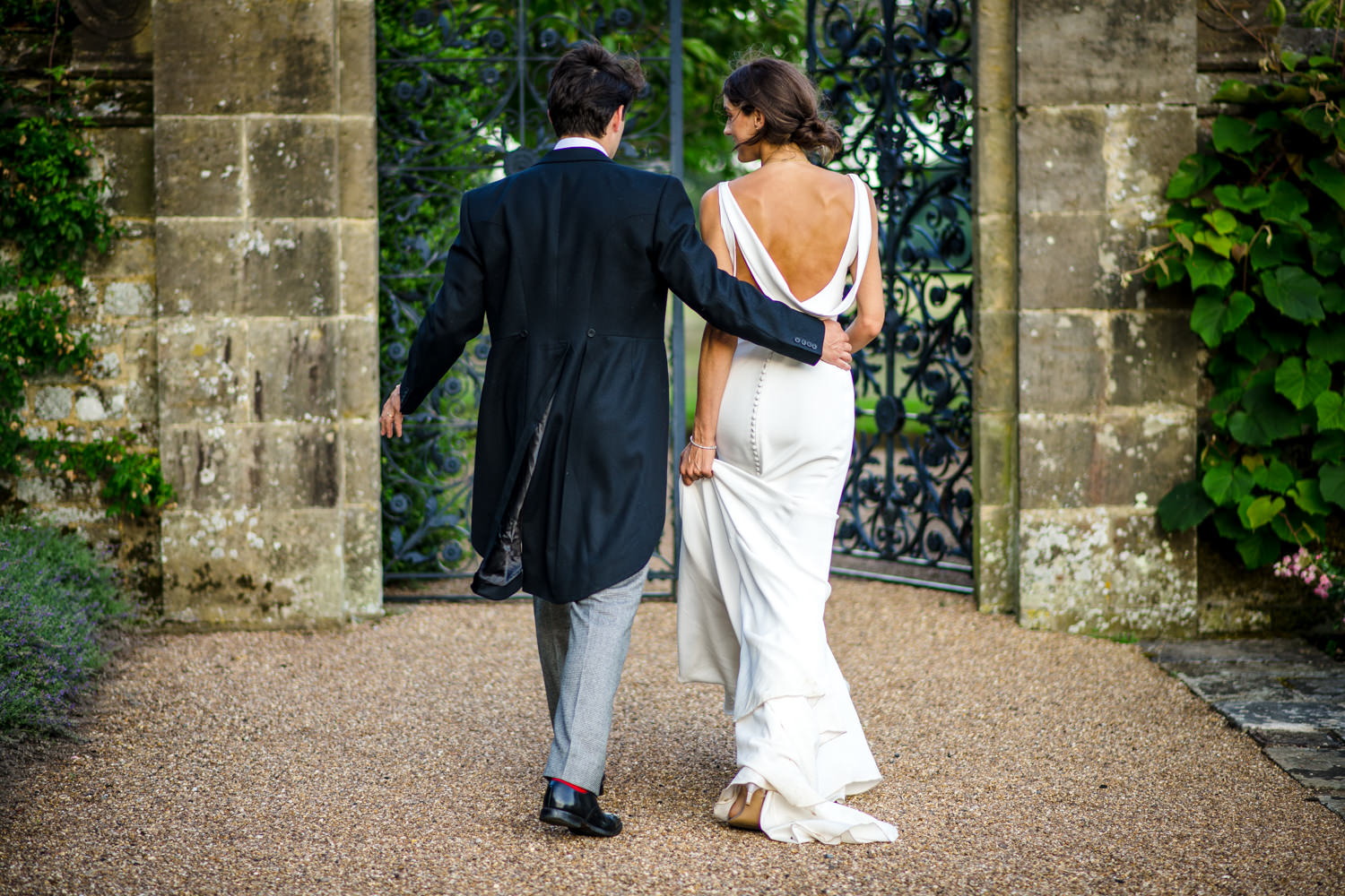 wedding portraits of the bride and groom at Cowdray House